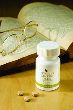 Forever Ginkgo Plus. E' un'efficacissima miscela sinergica di piante officinali. Il Ginkgo è utile per migliorare le funzioni cognitive, grazie all'aumento della circolazione sanguigna a livello celebrale, assicurando un maggior apporto di nutrienti.  Contenuto 60 compresse. (art. 73)