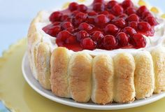 """No-Bake Cherry Cheesecake   (I have a sweet tooth right now, if you haven't already noticed from my food pins) """"It's a showstopper that sits right at the corner of Loveliness and Laziness"""""""