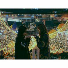 Jisoo & Lisa