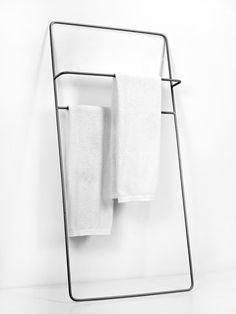 This stylish Towel rack is available in three dimensions: Bath Towel Hanger, Towel Hangers For Bathroom, Towel Shelf, Bathroom Hardware, Towel Rail, Bathroom Towels, Bathroom Storage, Bookcase Wall, Bookshelf Design