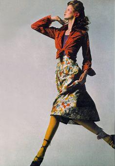 Sue Baloo wearing Saint Laurent by Bugat, Vogue UK 1971