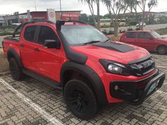 Isuzu - fender flares sprayed black, snorkel , bonnet scoop, headlight and tail light covers , mags and tyres. Securilid,  roll bar and nudge bar. Isuzu D Max, Rolling Bar, Bmw E30, Fender Flares, Light Covers, Toyota Tacoma, Tail Light, Snorkeling, Race Cars
