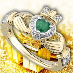 Irish Christmas Gifts, Christmas Gifts For Women, Irish Wedding Rings, Irish Rings, Diamond Claddagh Ring, Claddagh Rings, Irish Coat Of Arms, Irish Clothing, Celtic Trinity Knot