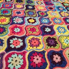 """I've been working on a blanket version of #mysticallanterns Pattern will be ready in a few weeks #janiecrow #stylecraft #crochet"""