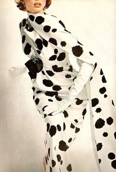 #Dovima #model /Harper's Bazaar, January 1963