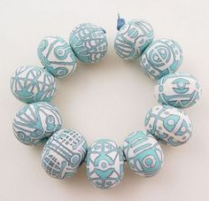 item blown hollow glass beads