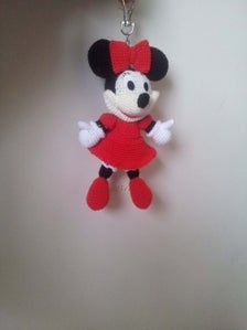 Minnie Mouse crochet Key Chain/ backpack zipper pull. | Etsy Crochet Keychain, Key Chain, Mousse, Minnie Mouse, Backpack, Presents, Felt, Zipper, Dolls