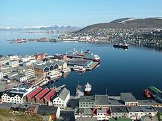 TIL Hammerfest Norway at latitude is at almost the same latitude as Barrow Alaska. However because of the moderating effect of the Atlantic Ocean its January temperatures there are comparable to Milwaukee and Detroit. Oslo, Barrow Alaska, Norway Sweden Finland, Places Ive Been, Places To Go, Wish You Are Here, Atlantic Ocean, Seattle Skyline, San Francisco Skyline