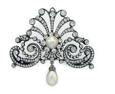 An antique diamond and natural pearl brooch, circa 1880 http://storage.canalblog.com/30/74/119589/107054579_o.jpg