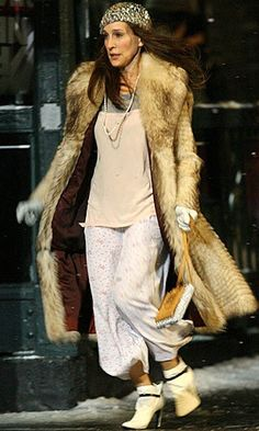 celeb trend Carrie SATC PJ - 50 Best Carrie Bradshaw Fashion Moments