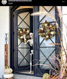 Diy Interior, Interior Design, New Home Designs, Holidays Halloween, Ladder Decor, Porch, New Homes, House Design, Photo And Video