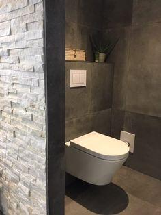 Tiny Bathrooms, Small Bathroom, Small Toilet Room, Modern Toilet, Toilet Design, Toilets, Bathroom Wall, Modern Interior Design, Bathroom Inspiration