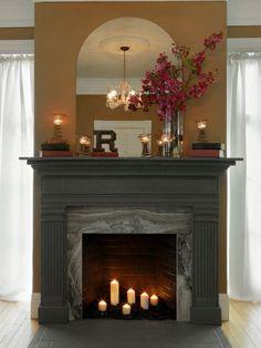 Fabriquer un manteau de cheminée avec une porte | BricoBistro
