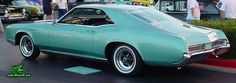 Side view of a 1966 Buick Riviera hardtop coupe   1966 Buick Riviera Hardtop Coupe Classic Car Show, Classic Cars, Buick Models, Buick Cars, Buick Riviera, Drag Racing, Old Cars, Vintage Cars, Chevy