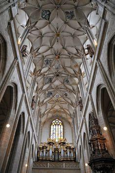 st barbara kunta hora   Kutna Hora Day Trip From Prague - Travel Addicts
