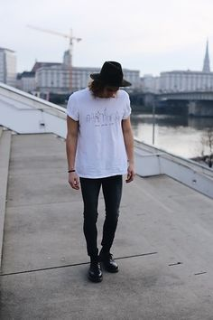 Get this look: http://lb.nu/look/8195941  More looks by Richy Koll: http://lb.nu/richykoll  Items in this look:  Dr. Martens Oxfords, Cheap Monday Jeans, Urban Outfitters T Shirt, Urban Outfitters Hat   #classic #elegant #sporty #look #me #blogger #blog #lookbook #hyped