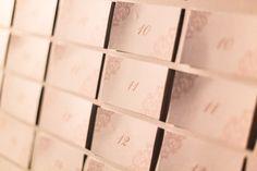 Escort card oro e bianco Ideeventi