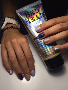 Nails art tigi blue