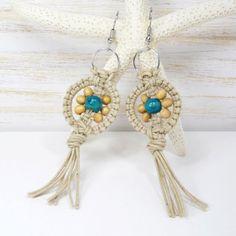Wooden Tribal Micro Macrame Earrings, Hippie Daisy Flower, Cotton Fiber, Turquoise Wood Beads, Bohemian Dangle Earrings