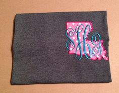 Embroidered T-shirt Louisiana applique with initials