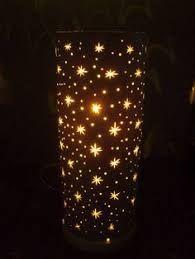 Resultado de imagen para moldes para luminarias de pvc gratis Pvc Pipe Crafts, Pvc Pipe Projects, Diy And Crafts, Candle Lanterns, Paper Lanterns, Pvc Recycling, Bamboo Lamp, Paper Light, Light Crafts