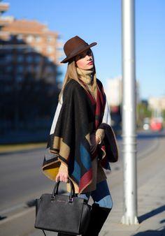 www.wannia.com #mstreinta #EthnicVille #hm #Zara #MichaelKors #fashioninspiration #fashionblogger #fashiontrends #bestfashionbloggers #bestfashiontrends #bestdailyoutfits #streetstylewannia #fashionloverswebsite #followothersfashion #wannia