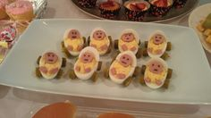 New Baby Shower Ideas For Boys Food Deviled Eggs Ideas Idee Baby Shower, Baby Shower Vintage, Baby Shower Cakes, Snack Recipes, Cooking Recipes, Snacks, Eggs For Baby, Egg Baby, Baby Boy