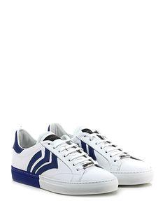 JOHN RICHMOND - Sneakers - Uomo - Sneaker in pelle con suola in gomma. Tacco 30. - WHITE\BLU - € 259.00