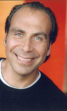 † Taylor Negron (57) 10-01-2015 Acteur Taylor Negron is zaterdag op 57-jarige leeftijd overleden aan de gevolgen van kanker.