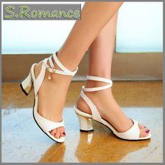 Chers Femme Ivoire Satin Mariage Demoiselle d/'honneur chaussure toutes tailles style Lewis