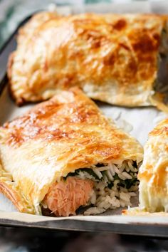Puff Pastry Salmon and Spinach Parcels – Cafe Delites - My CMS Salmon In Puff Pastry, Salmon In Pastry Recipe, Bacon Wrapped Shrimp, Puff Pastry Recipes, Savory Pastry, Choux Pastry, Cafe Delites, Pastry Shells, Eating Clean