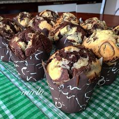 Cupcake Recipes, Dessert Recipes, Desserts, Cheesecake Brownie, Cheesecake Cupcakes, Kitchen Recipes, Cooking Recipes, Recipe Mix, Cupcake Cookies