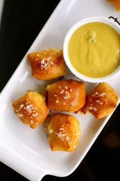 White Cheddar Filled Pretzel Bites with Honey Jalapeno Mustard | The Curvy Carrot White Cheddar Filled Pretzel Bites with Honey Jalapeno Mustard | Healthy and Indulgent Meals Dangling in Front of You