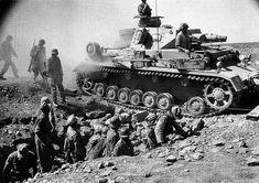 Panzerkampfwagen IV Ausf. F (Sd.Kfz. 161) Nr. ??2 | Afrique … | Flickr