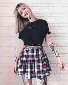 Chica tatuada Casual, Skirts, Outfits, Skater Skirt, Style, Fashion, Hipster, Outfit, Swag