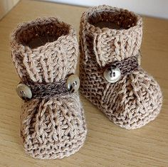 Knitted Warm Feet Baby Booties with Pattern