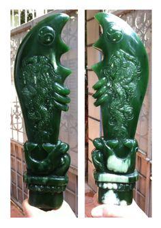 Jade sword, 32 cm long, weight 1,2 kg,  Jade Origin: Birma, cut Viet Nam - in stock - www.kn-jewellery.com