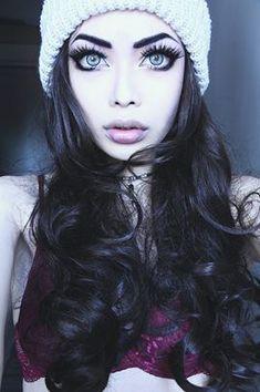 Love her big eyes x
