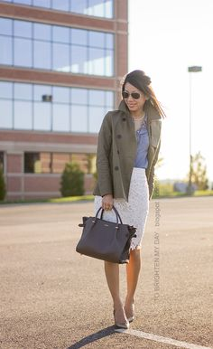 To Brighten My Day - Petite Fashion & Style Blogger/Petite Lookbook. Re-pin via petitestyleonline.com