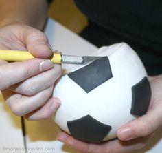 Soccer ball tutorial - CakesDecor