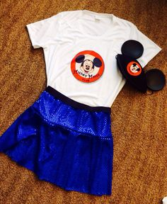 The story of this mouseketeer running outfit is a bit of a tale, but it turned out wonderful! Can't wait to wear it in the #TinkHalf.