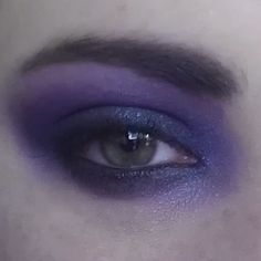 I know I post a lot of purple, but what can I say? It's the colour of my soul ;) #eyemakeup #beauty #makeup  #purple #vampy #bossbitch #followyourheart #sexy
