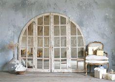 зеркало из старой рамы окна