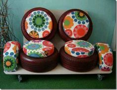50 DIY Recycled Tire Projects to Beautify your Home . Reuse old tire and turn it into a living room set! Tire Seats, Tire Chairs, Tire Craft, Reuse Old Tires, Recycled Tires, Tire Furniture, Furniture Ideas, Used Tires, Creation Deco