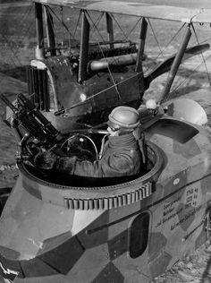 WWI German Gotha bomber - Front gunner position.