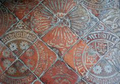 Medieval Tiles at St Edburg's Church - Leigh, Worcestershire Medieval Houses, Medieval World, Azulejos Art Nouveau, Tactile Texture, Book Of Kells, Dark Ages, Mosaic Tiles, Mosaic Art, Tile Design