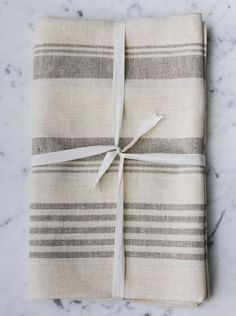 Le Fil Rouge Textiles European Linen Bath Sheet made in Canada from sustainable linen fabric. Linen Towels, Bath Towels, After Bath, Bath Sheets, Bath Linens, Bath Accessories, Stripes Design, Natural Linen, Bath Time