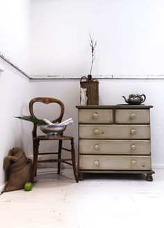 Welcome to my listing. RUSTIC STYLE PINE CHEST OF DRAWERS  The chest has been beautifully hand painted in Annie Sloans Chateau Grey (grey