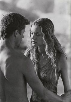 Vogue IT - Zabriskie PT. - Ester Canadas & Mark Vanderloo - Mar 1998 by Peter Lindbergh