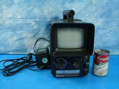 Vintage 1970's Panasonic Solid State TV TR-555R with AM/FM Radio Transistor